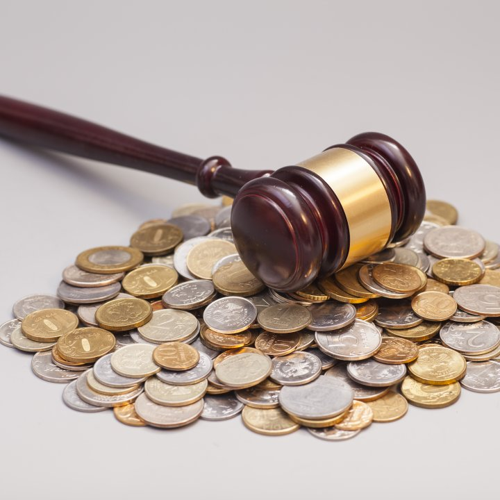 Gavel-on-pile-of-coins-L